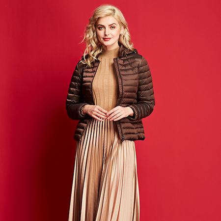 艾迪雅兰仕冬季羽绒服女中薄款修身短款羽绒服外套